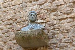 La scultura del busto dei €™s di Dante Alighieriâ dirige il petto delle spalle su Br Immagini Stock