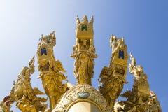 La scultura della testa del naga, statua del naga Immagini Stock Libere da Diritti