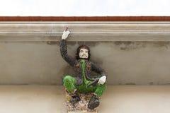 La scultura di altorilievo di Che Guevara, insorto, ha decorato w immagine stock libera da diritti