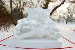 La scultura di neve - tracce di tempo Immagine Stock Libera da Diritti
