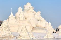La scultura di neve - tramonto del castello Fotografia Stock