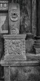 La scultura di pietra della base di colonna Immagini Stock Libere da Diritti