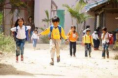 La scuola è fuori alla campagna fotografia stock