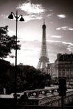 La señal famosa de París de la torre Eiffel en Francia Foto de archivo