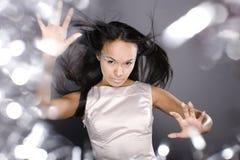 La señora del hielo de la belleza del retrato de la moda salpica de luz foto de archivo