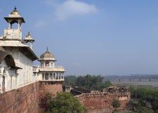 La sección del palacio de la fortaleza de Agra en la India fotografía de archivo libre de regalías