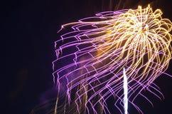 La secuencia le gusta el fuego en el cielo Imagen de archivo libre de regalías