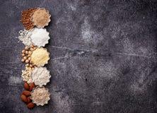 La selezione di vario glutine libera la farina immagine stock libera da diritti