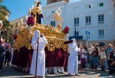 La Semana Santa Procession i Spanien, Andalucia, Cadiz Arkivbild