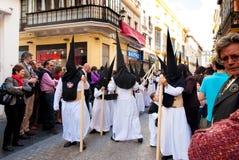La Semana Santa Procession in Spanien, Andalusien stockfotos
