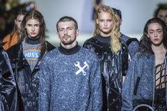 La 38.a semana ucraniana de la moda en Kyiv, Ucrania Foto de archivo