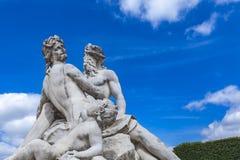 La la Senna della statua et La Marne Tuileries Garden a Parigi immagine stock