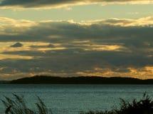 La sera si rannuvola il paesaggio della spiaggia Fotografia Stock Libera da Diritti