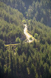 La Serbia, alpi di Dinaric: Strada in Bosnia-Erzegovina Fotografie Stock