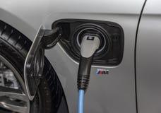 La Serbia; Belgrado; 2 aprile 2017; Chiuda su della carica elettrica di BMW Fotografia Stock
