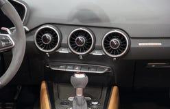 La Serbie ; Belgrade ; Le 2 avril 2017 ; Intérieur du coupé V10 P d'Audi R8 Images libres de droits