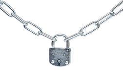 La serratura e la catena hanno isolato Immagine Stock