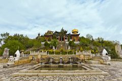 la shangri寺庙藏语 库存照片