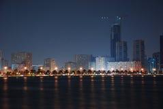 La Sharjah alla notte Fotografia Stock Libera da Diritti