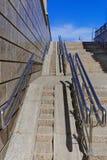 La Sibérie, la ville d'Omsk, une rampe de fauteuil roulant dans la zone centrale Images stock