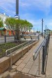 La Sibérie, la ville d'Omsk, une rampe de fauteuil roulant du complexe de arrêt sur la rue de Lénine Photos stock