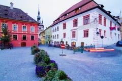 La Sighisoara-Transilvania al crepuscolo Immagini Stock Libere da Diritti