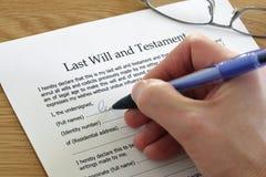 La signature pour la dernière fois et testament Images stock