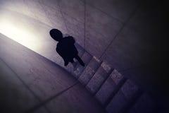 La silhouette d'homme indiquent sa vue supérieure de manière de carrière Image stock