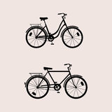 La siluetta bikes il nero Fotografia Stock Libera da Diritti