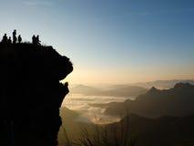 La siluetta della montagna di Fahrenheit di 'chi' di Phu nella provincia di Chiangrai della Tailandia Fotografia Stock