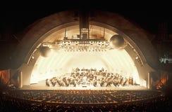 La sinfonía juega Tchaikovsky en el Hollywood Bowl, Los Ángeles, California foto de archivo libre de regalías