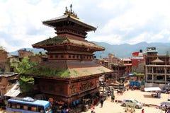 La situación alrededor de Bhairava Nath Temple en Bhaktapur Durbar Sq fotos de archivo