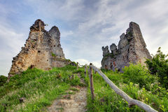 La Slovacchia - rovina del castello Korlatko Immagini Stock