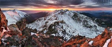 La Slovacchia Tatras - panorama della montagna di inverno Fotografie Stock