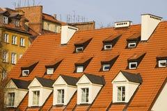 La soffitta ha coperto di tegoli il tetto Fotografie Stock