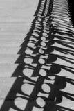 La sombra de la verja del puente Fotografía de archivo