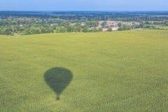 La sombra del globo y de la naturaleza foto de archivo libre de regalías