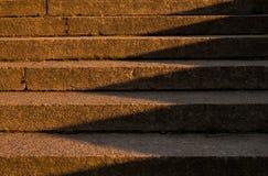 La sombra en las escaleras Imagen de archivo