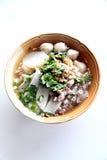 La sopa de tallarines tailandesa. Imagen de archivo libre de regalías