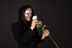 La sorcière Two-faced jugeant s'est levée Photographie stock