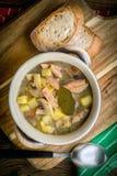 La soupe aigre faite de farine de seigle photographie stock libre de droits