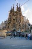 La spectaculaire Sagrada Familia d'église de Barcelone Photographie stock libre de droits