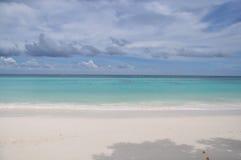 La spiaggia bianca della Tailandia immagini stock libere da diritti