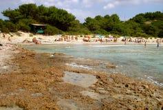 La spiaggia dell'isola di San Pietro in Italia immagine stock