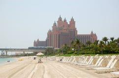 La spiaggia di Atlantis l'hotel della palma Immagine Stock