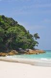 La spiaggia di sabbia bianca in Tailandia immagine stock