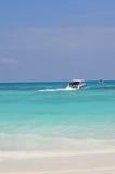 La spiaggia di sabbia bianca in Tailandia fotografie stock