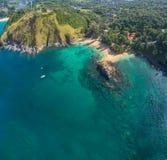 La spiaggia nascosta di paradiso a Phuket Immagini Stock