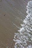 La spiaggia ondeggia la macro alta qualità astratta 50,6 Megapixels del fondo immagine stock
