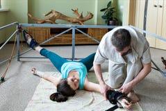 La spina dorsale per correggere attrezzatura per allungare Immagine Stock Libera da Diritti